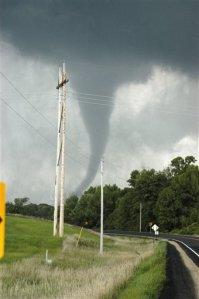 tornado-mn-8-25-06
